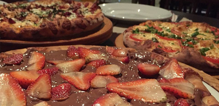 Rodizio de Pizzas com Diversos Sabores na Fornalha! - Pizzaria Fornalha