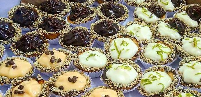 50 Deliciosos Doces Premium Sortidos no Café Preto - Café Preto