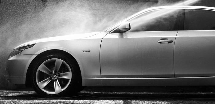 Lavagem Externa+Limpeza Interna+Cera Liquida na Carro Limpo - Carro Limpo