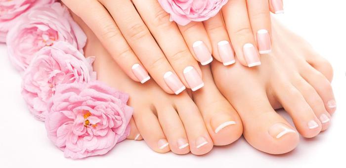 Manicure + Pedicure no Instituto Corpo e Mente! - Carol Oliveira - Manicure e Pedicure